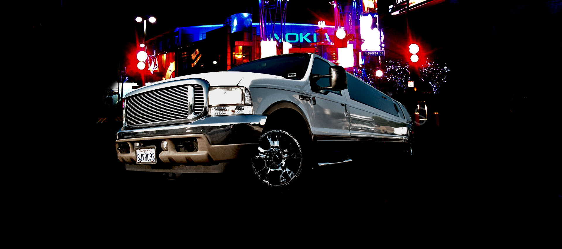 Cheap Stretched Limousine in Los Angeles